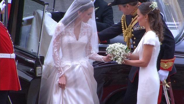 Pippa Middleton sorgt bei der Hochzeit ihrer Schwester Kate mit ihrem Po für Furore. (Bild: (c) AP)