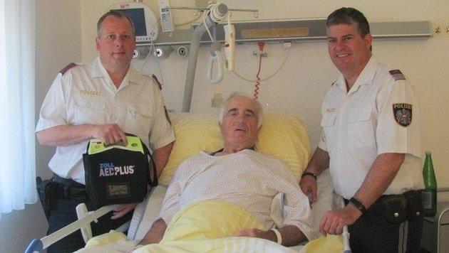 Der Pensionist (77) dankte seinen Schutzengeln im Spital. (Bild: LPD Burgenland)