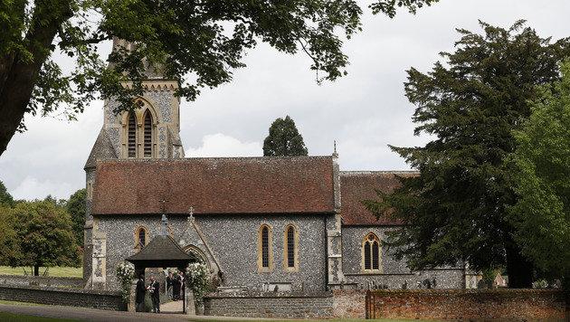 Die St.-Mark's-Kirche in Englefield (Bild: AP)