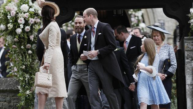 Prinz William mit seinem Schwager James (Bild: AP)