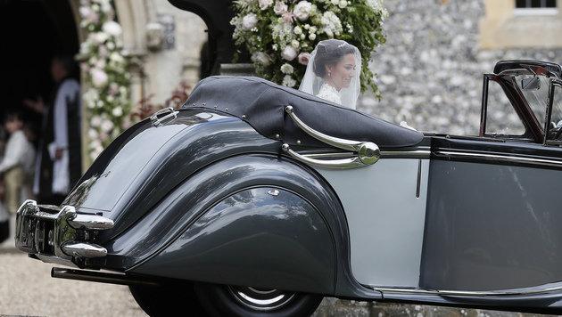 Wunderschöne Braut Pippa sagte Ja zu ihrem James (Bild: AP)