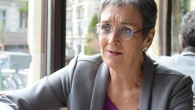 Die Spitzenkandidatin der Grünen, Ulrike Lunacek (Bild: APA/HELMUT FOHRINGER)