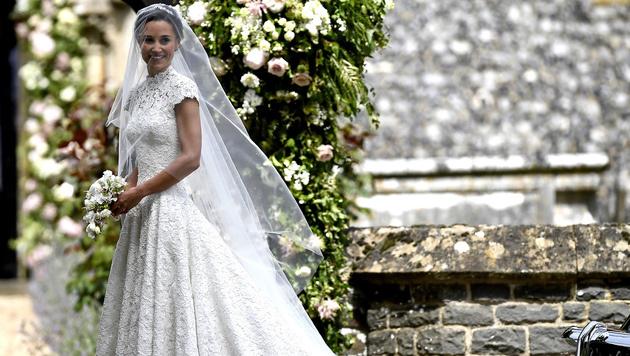 Pippa Middleton trug ein Brautkleid von Designerin Giles Deacon. (Bild: AFP)