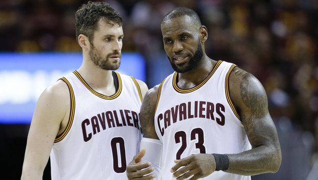 Erste Play-off-Pleite für Cleveland Cavaliers (Bild: AP)