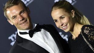 Neuer hat seine Kärntner Freundin Nina geheiratet! (Bild: AFP)