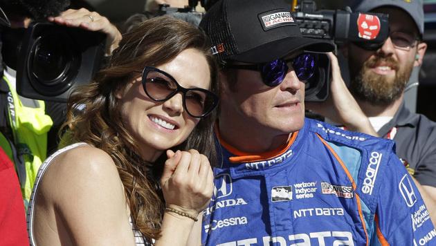 Scott Dixon mit seiner Ehefrau Emma (Bild: AP)