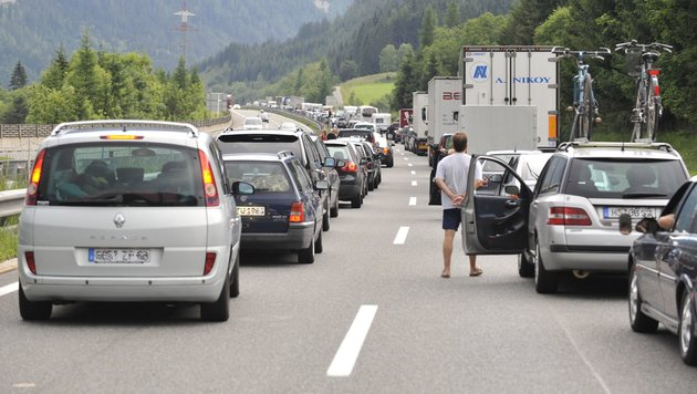 Stauwarnung: Ferienstart in sechs Bundesländern (Bild: Kerstin Joensson)
