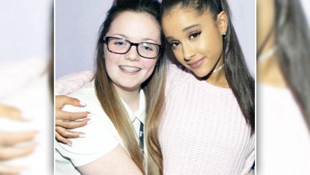 Georgina Callander mit ihrem Idol Ariana Grande (Bild: Instagram)