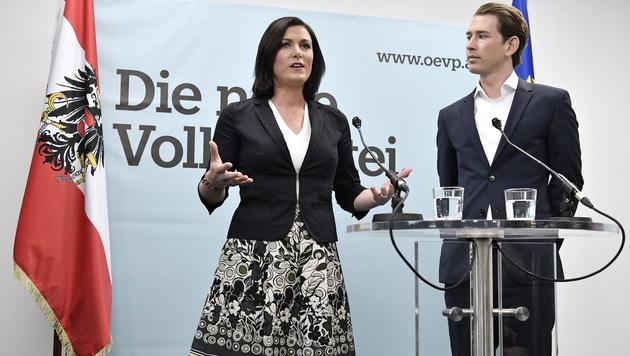 Die neue ÖVP-Generalsekretärin Elisabeth Köstinger und der designierte ÖVP-Chef Sebastian Kurz (Bild: APA/HANS KLAUS TECHT)