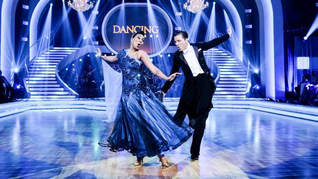 """Ana Milva Gomes und Tanparnter Thomas Kraml tanzen heute bei """"Dancing Stars"""" um den Finaleinzug. (Bild: ORF/Hans Huber)"""