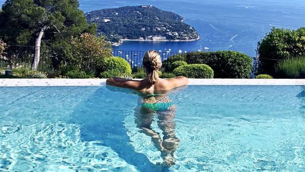 Wow! Was für eine Aussicht: Ski-Star Lara Gut genießt ihren Urlaub in Monaco. (Bild: facebook.com/Lara Gut)