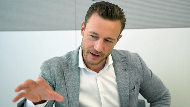 Wiens ÖVP-Landeschef Gernot Blümel (Bild: APA/ROLAND SCHLAGER)