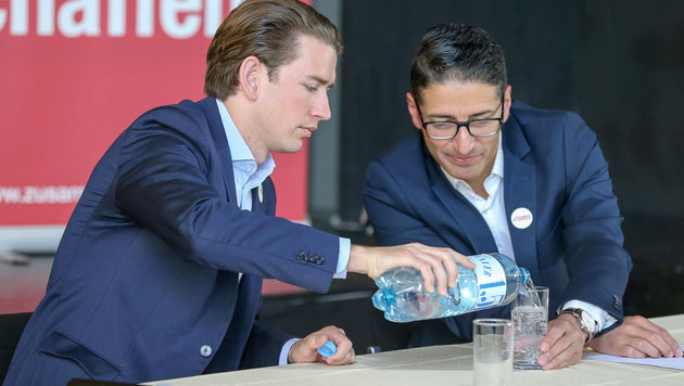 Warum ausgerechnet zum Team Kurz, Herr Dönmez? (Bild: APA/Hannes Draxler)