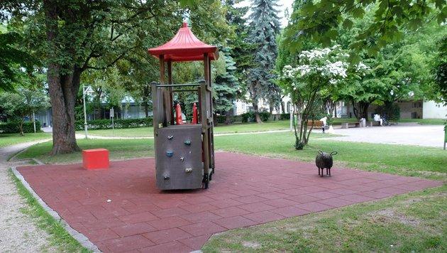 Spielplatz im Linzer Hessenpark - die Probleme halten Familien mit Kindern von hier fern (Bild: Horst Einöder)