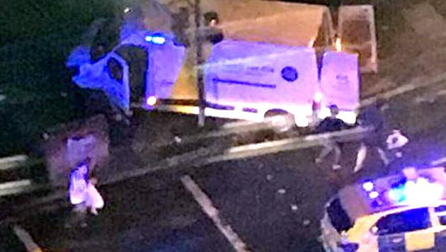 Am 3. Juni rasten drei Islamisten mit einem Transporter auf der London Bridge in eine Menschenmenge. (Bild: twitter.com)