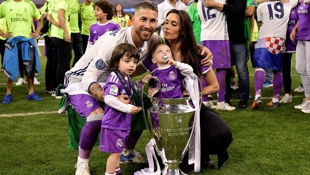 So schön feierten Ronaldo und Co. in Cardiff (Bild: AFP)