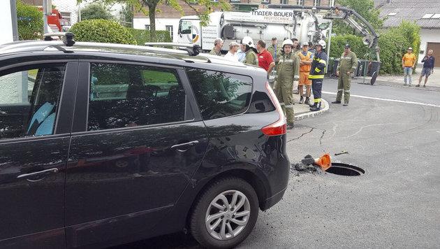 Der Arbeiter wurde von diesem Kombi überrollt. (Bild: Pressefoto Scharinger © Daniel Scharinger)