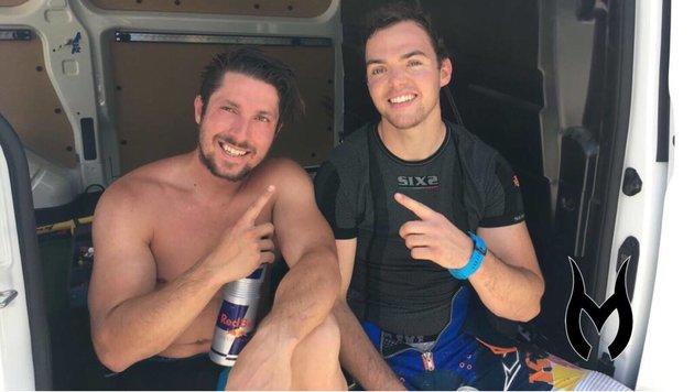 """""""Training mit einem Champion"""" - Marcel Hirscher bei einer Motocross-Einheit mit Matthias Walkner. (Bild: facebook.com)"""
