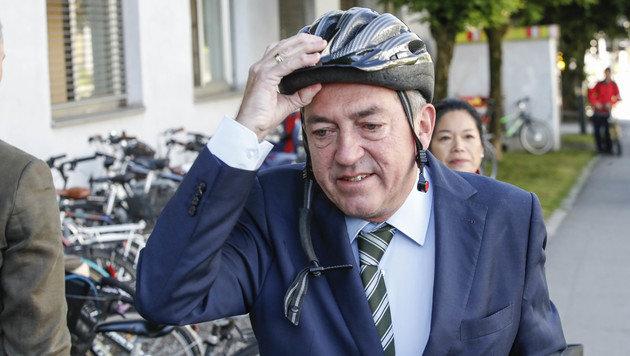 Täglich mit dem Radl da: Stadtchef Heinz Schaden (Bild: Markus Tschepp)