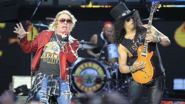"""Guns N"""" Roses: Mit Vollgas durch die Nacht (Bild: EPA/Victor Lerena)"""