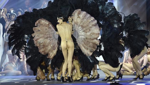 Viel nackte Haut gab es auch auf der Bühne zu sehen. (Bild: APA/HANS PUNZ)