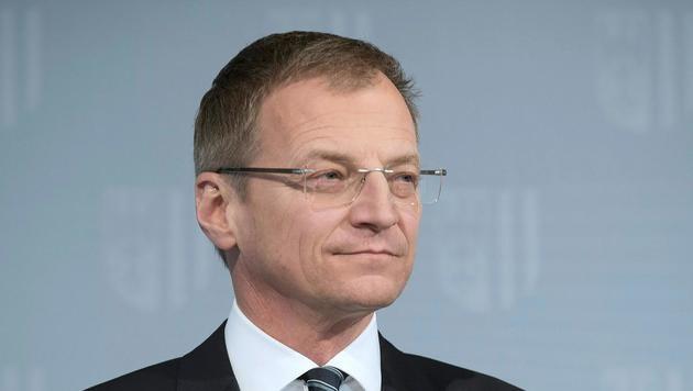 Oberösterreichs Landeshauptmann Thomas Stelzer (Bild: APA/FOTOKERSCHI.AT/WERNER KERSCHBAUMMAYR)