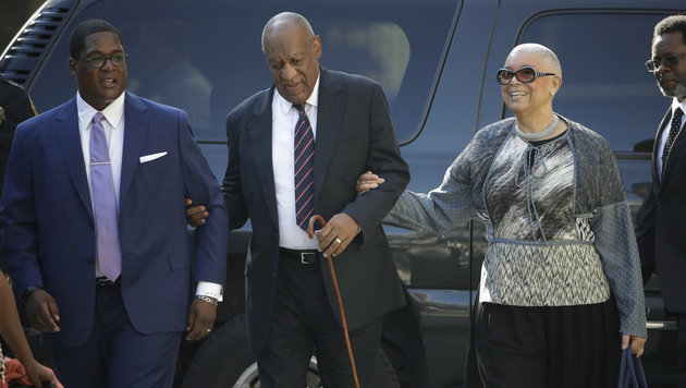 Bill Cosby mit seiner Ehefrau Camilla (Bild: AP)