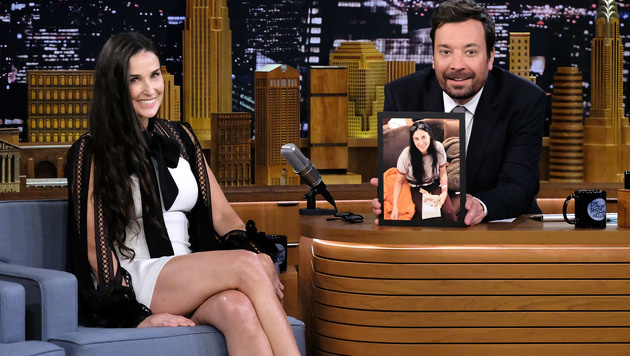 Demi Moore verrät bei Jimmy Fallon: Sie hat ihre Schneidezähne verloren. (Bild: 2017 Getty Images)