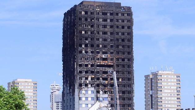 Hochhaus-Inferno: Hunderte Tote befürchtet (Bild: ruptly.tv)