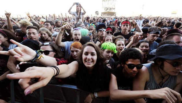 Nova Rock: Politkritik im Rockgewand (Bild: APA/HERBERT P. OCZERET)