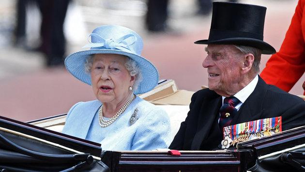 Die Queen mit ihrem Mann Prinz Philip (Bild: AFP)