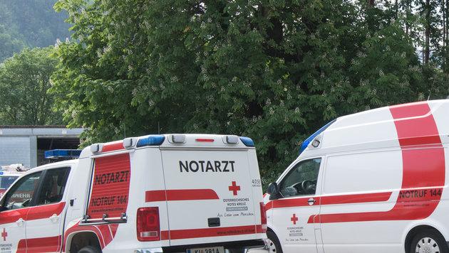 Notarzt und Rettungssanitäter konnten den 58-Jährigen nicht wiederbeleben (Bild: FOTOKERSCHI.AT/KERSCHBAUMMAYR)