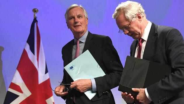EU-Unterhändler Michel Barnier und der britische Brexit-Minister David Davis (Bild: AFP)