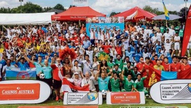 Das finale Jubelbild mit allen Teams, die es in die Endrunde schafften. (Bild: Privat)