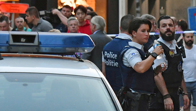 """Täter hatte Bombenkoffer und rief """"Allahu Akbar"""" (Bild: The Associated Press)"""
