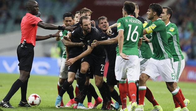 Mexiko nach 2:1 gegen Neuseeland Gruppen-Sieger (Bild: Associated Press)