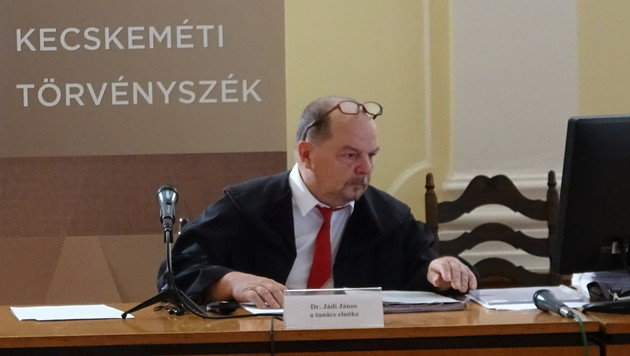 Die Verhandlung wird unter dem Vorsitz von Richter Janos Jadi geführt. (Bild: Gabor Agardi)
