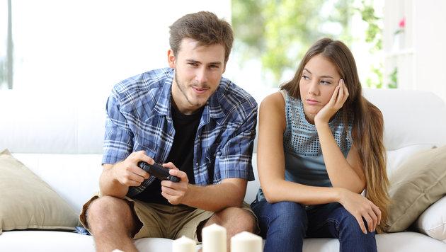 Wer viel Computer spielt, hat weniger Lust auf Sex (Bild: thinkstockphotos.de)