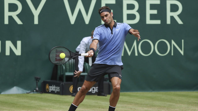 Federer nach Sieg gegen Zverev im Viertelfinale (Bild: AP)