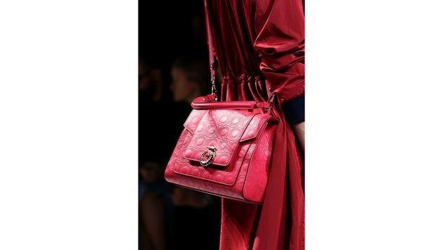 Pinke Handtasche von Trussardi (Bild: www.fashionpps.com)
