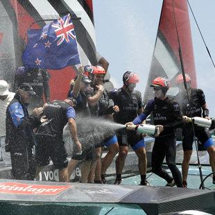 """Team New Zealand gewinnt 35. America""""s-Cup-Auflage (Bild: Associated Press)"""