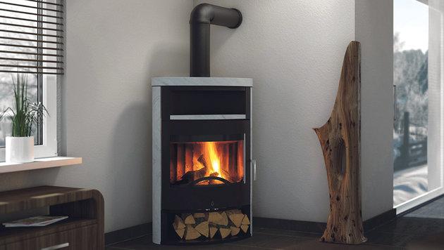 Gut durchgetrocknetes Holz sorgt für ein loderndes Feuer. (Bild: OBI)