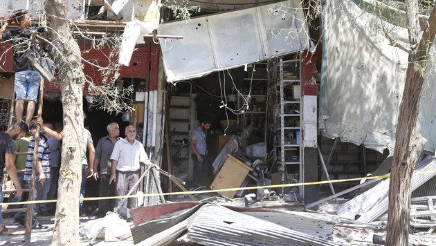 Große Zerstörung auf dem Tahrir-Platz in Damaskus (Bild: AFP)