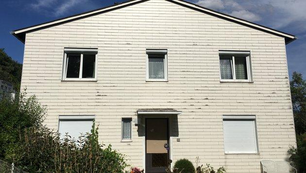 Das Mordhaus in der Linzer Voltastraße 82 (Bild: Kronen Zeitung)
