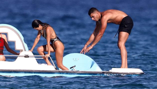 Kourtney Kardashian und Younes Bendjima in St. Tropez (Bild: www.PPS.at)