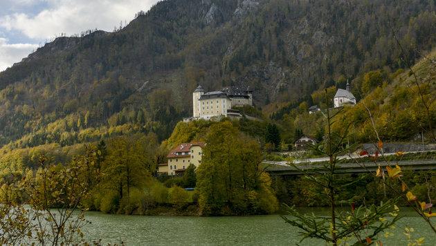 Schloss Klaus - vielleicht wird St. Pankraz bald zu Klaus gehören - oder umgekehrt... (Bild: Jack Haijes)