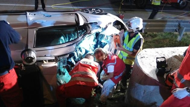 Mann (46) bei Horrorunfall auf S1 schwer verletzt (Bild: MA 68 Lichtbildstelle)