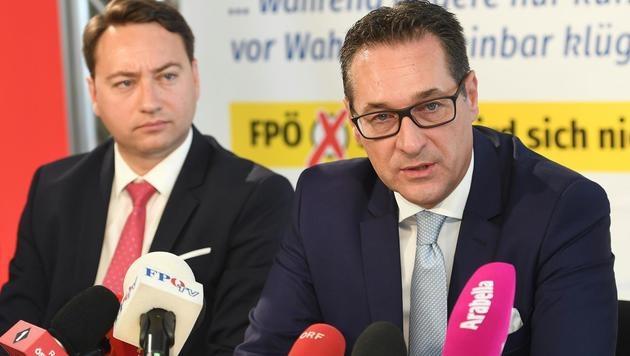 """FPÖ: IS-Doppelmord ist """"bluttriefender Skandal"""" (Bild: APA/HELMUT FOHRINGER)"""