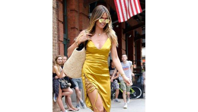Heidi Klum im goldenen Kleid (Bild: www.PPS.at)