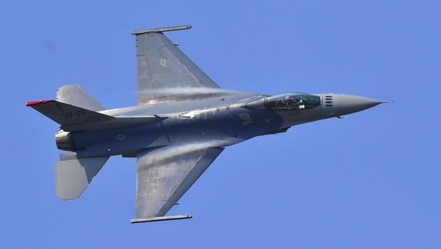 Eine F-16 bei einer US-Militärübung in Südkorea (Bild: AFP)